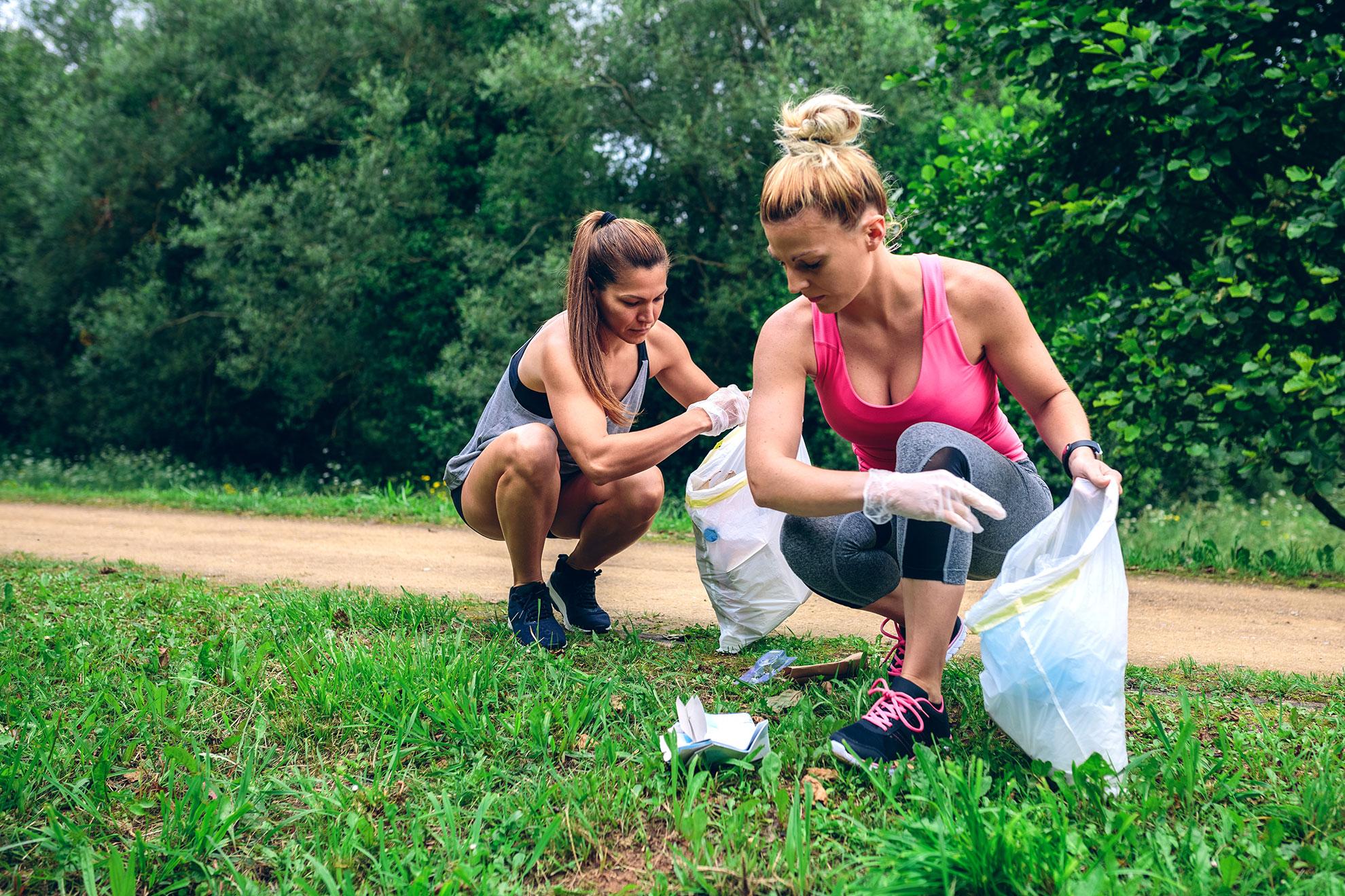 Jak podnosić śmieci w plogging, ilustracja do artykułu